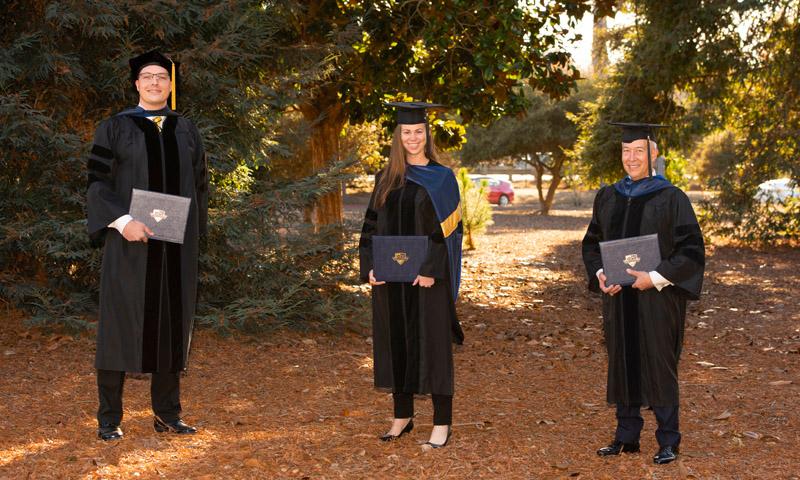 Marine Corps Commandant, Senior Leaders Commend Fall Quarter Graduates